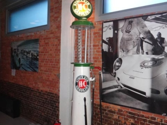Sinclair Gasoline Fuel Pump